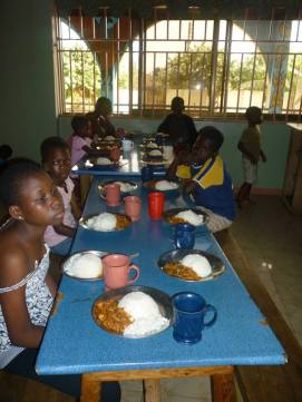 meal dinner orphanage