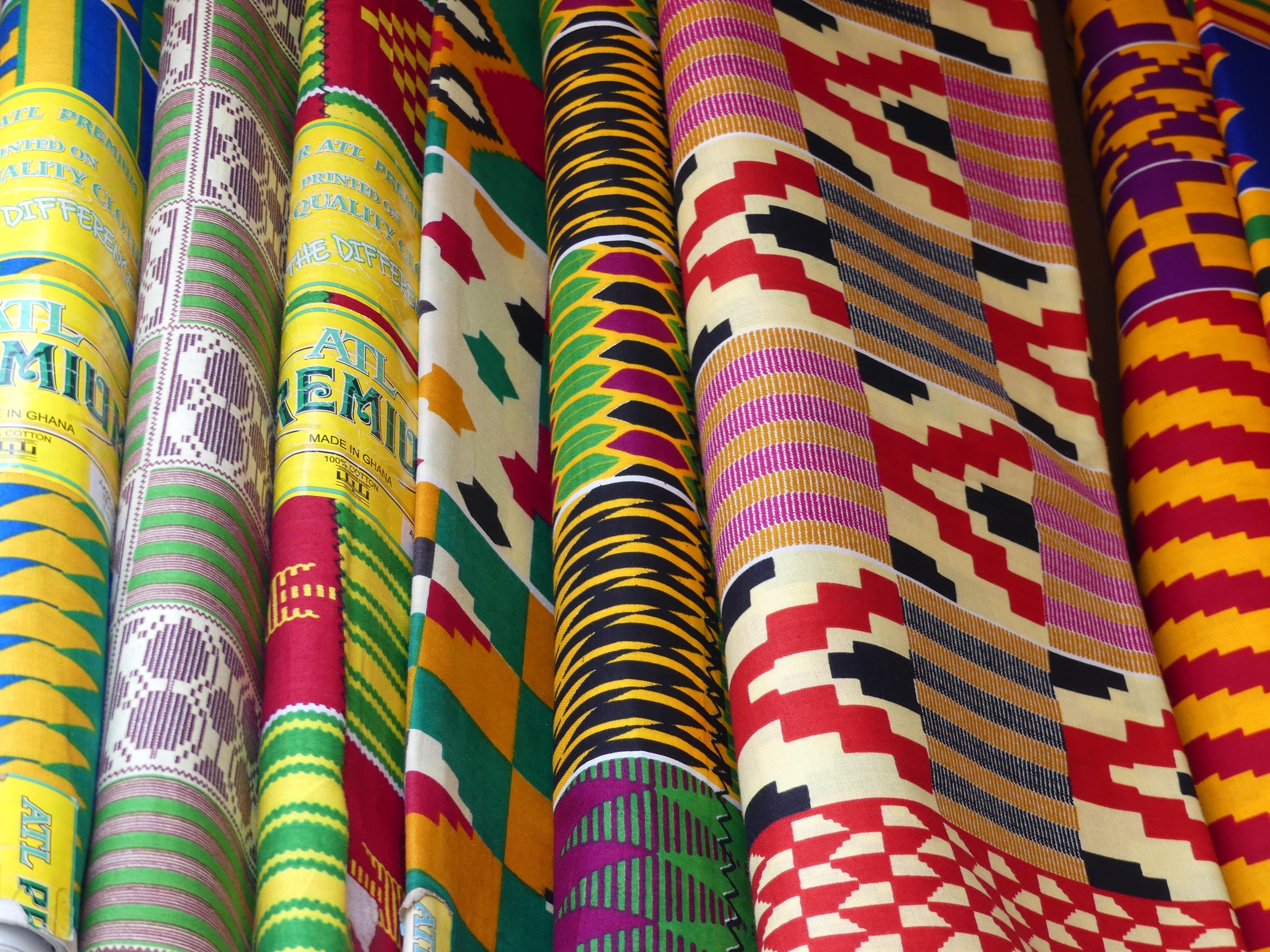 Ghanaian fabrics : batik, wax and kente – My expat life in Ghana, Africa